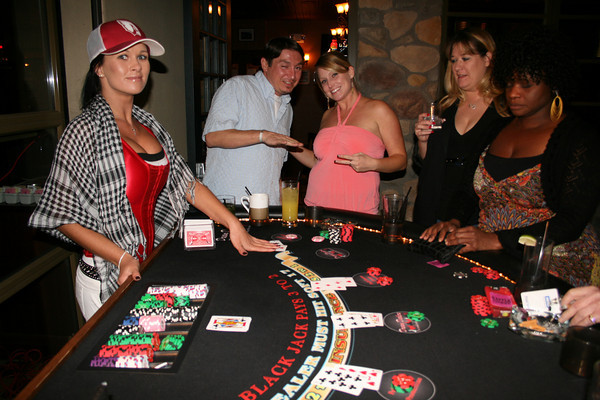 Dream Dealer Lisa Dealing Blackjack at a Scottsdale Corporate Party Casino Night